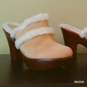 """NWOT Tommy Hilfiger """"Merry"""" style shoes"""
